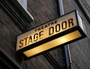 7 Reasons Why Theatre Improv Teaches Leadership Skills
